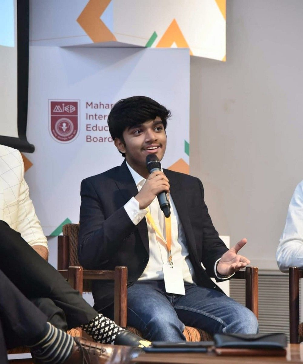 Advait Thakur - From a self-taught programmer since age 9 to becoming a CEO at 15 - FamPay Image 1